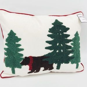 NWT Eddie Bauer Bear Pine Tree Holiday Pillow